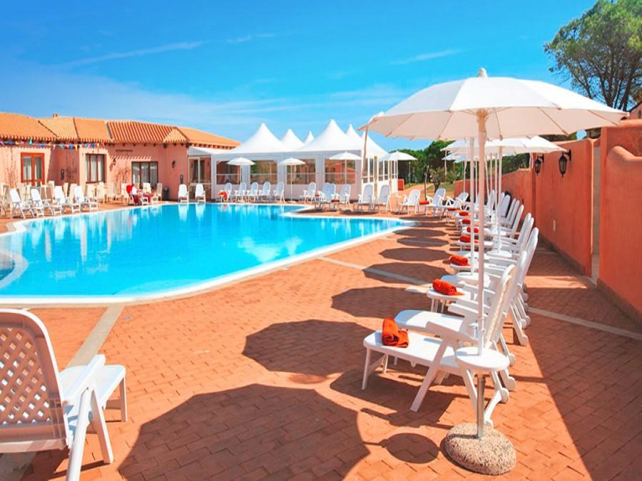Speciale Estate in Sardegna - Villaggio Borgo dei Pescatori