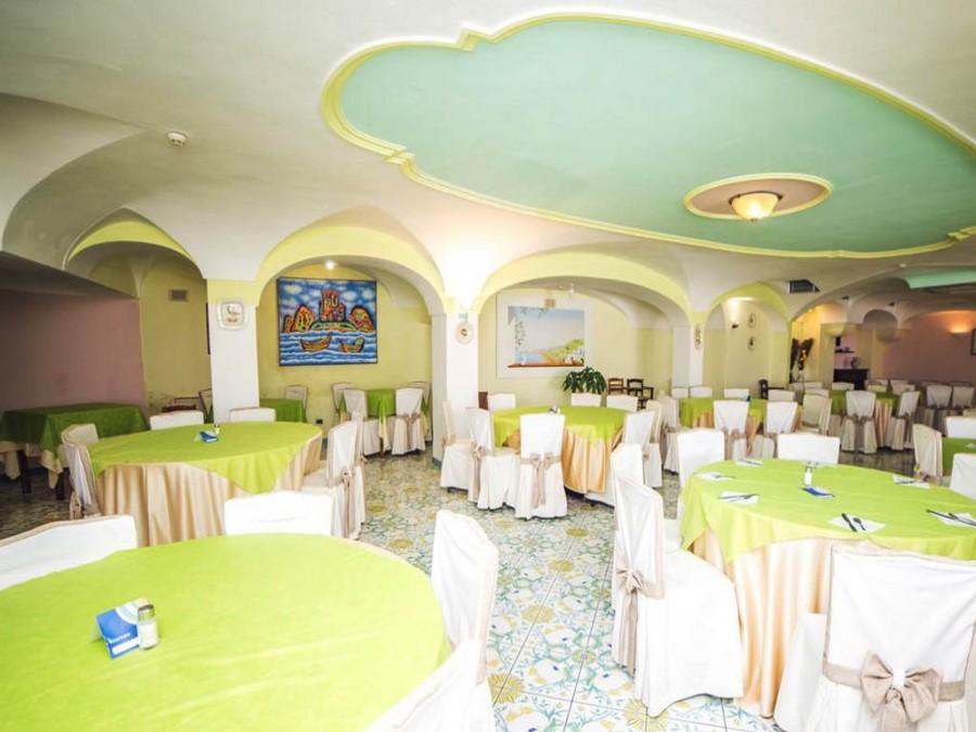 Hotel Carlo Magno Speciale mordi e fuggi