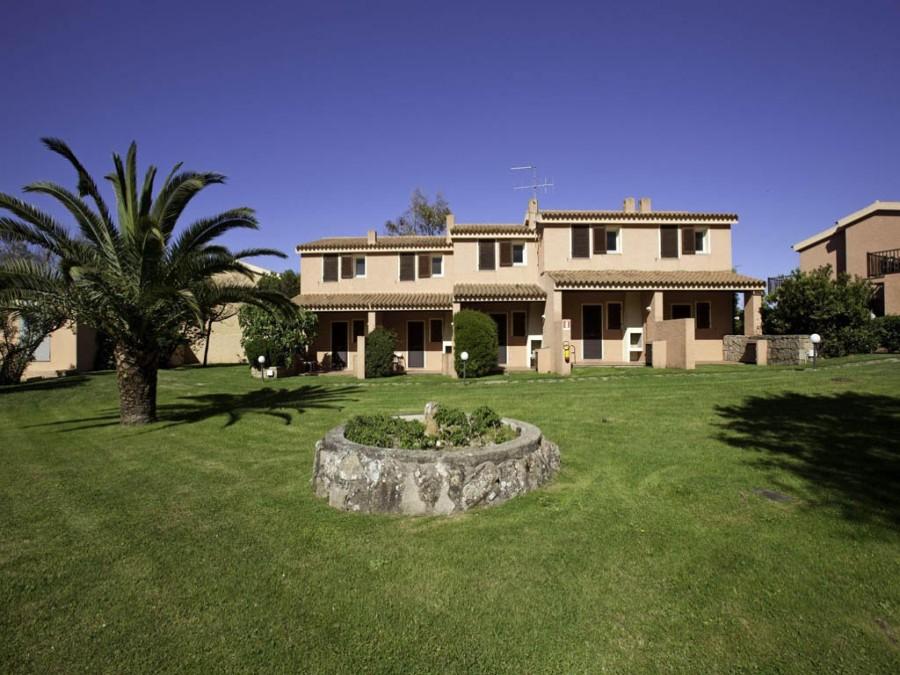 Esterno del Blu Hotel Laconia Village