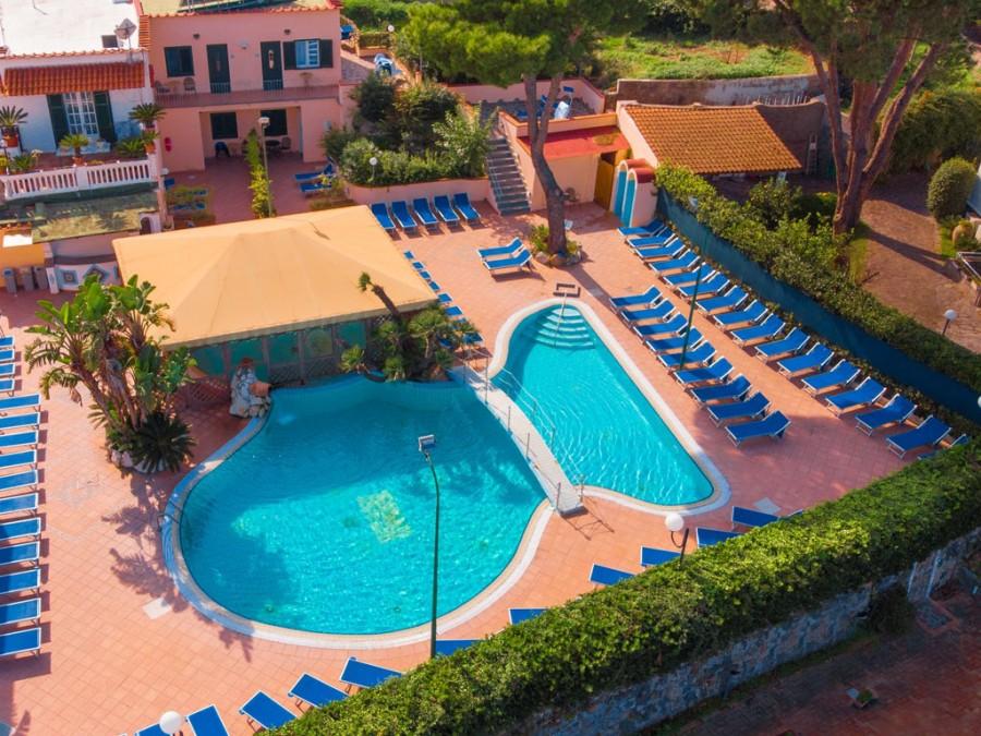 Hotel Cristallo Palace De Charme  -  All-Inclusive con Spiaggia e bambini gratis
