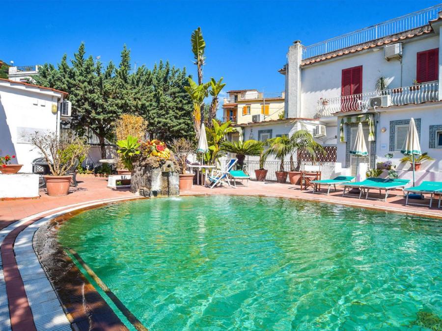 Piscina Charme Hotel Terme Villa Tina