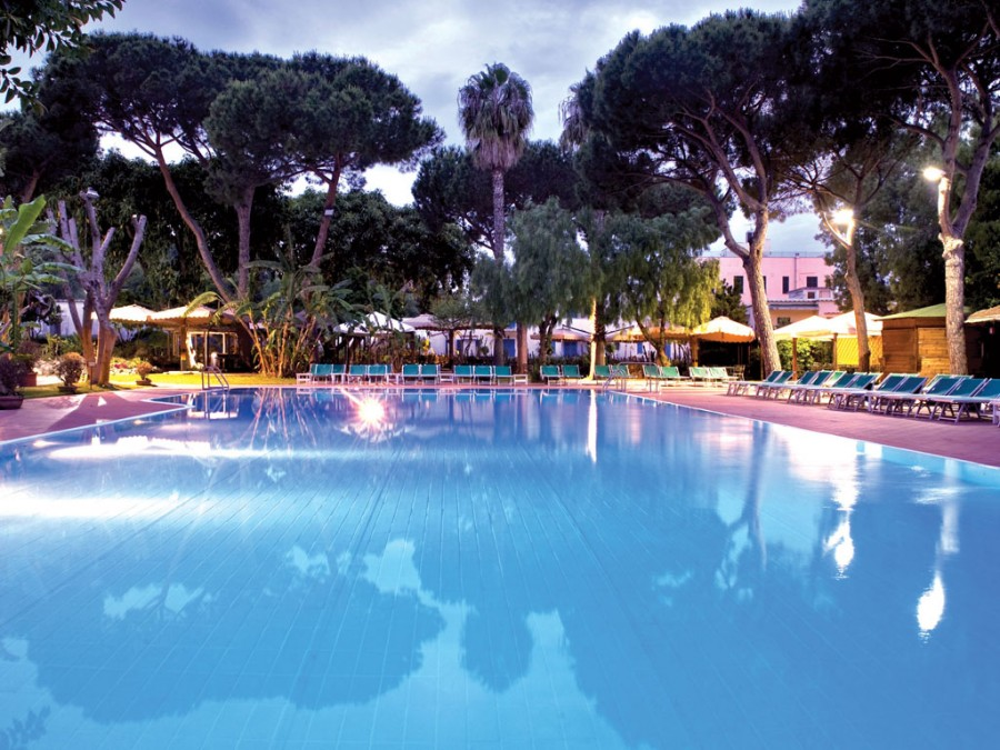 Grand Hotel Re Ferdinando Piscina Scoperta