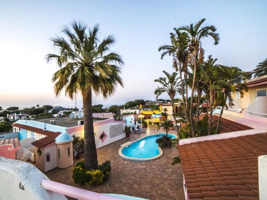 Hotel Carlo Magno Village