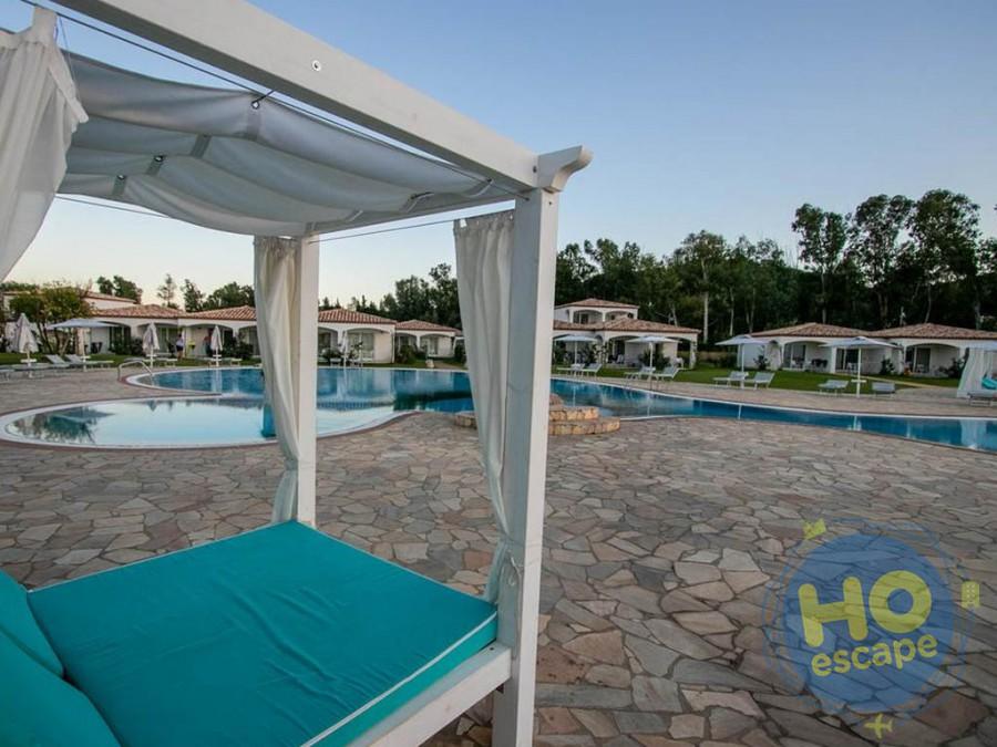 Limone Beach Resort Solarium Piscina