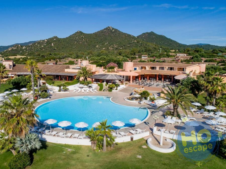 Sant'Elmo Beach Hotel La Piscina