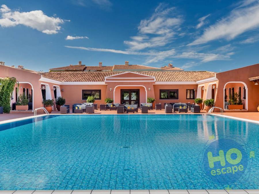 I Giardini di Cala Ginepro Hotel Resort Piscina Relax, elegante e riservata