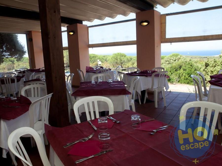 Club Esse Gallura Beach Ristorante con vista sulla Baia di Monti Russu