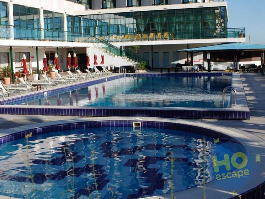 Club Esse Mediterraneo Dettagli delle piscine