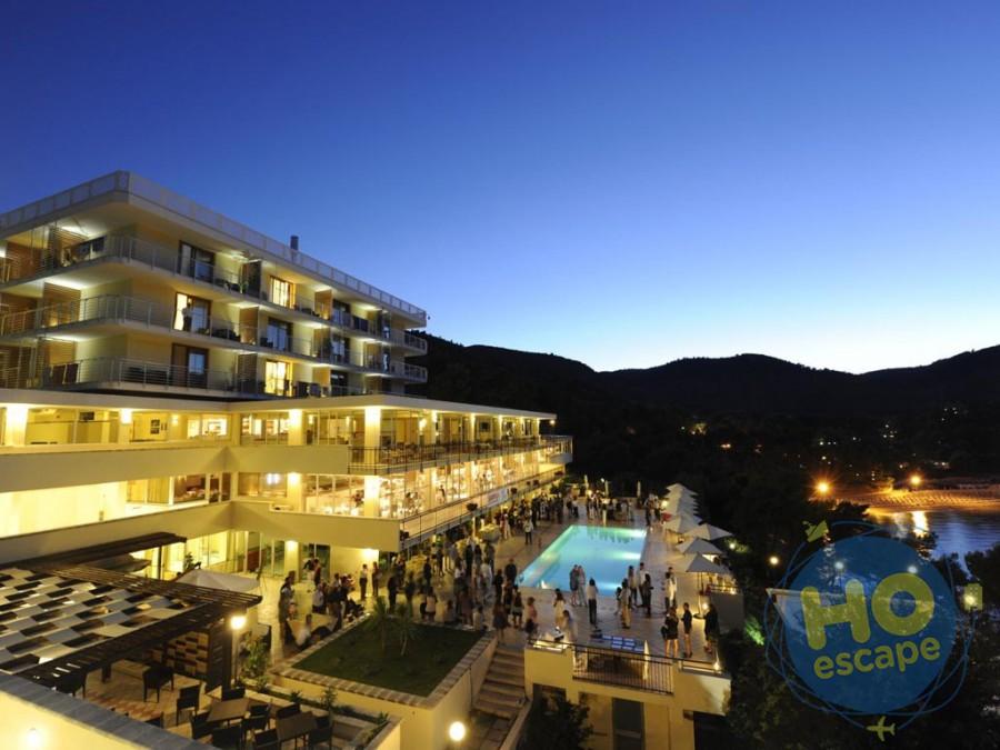 Pugnochiuso Resort Hotel Del Faro Il Resort, foto serale