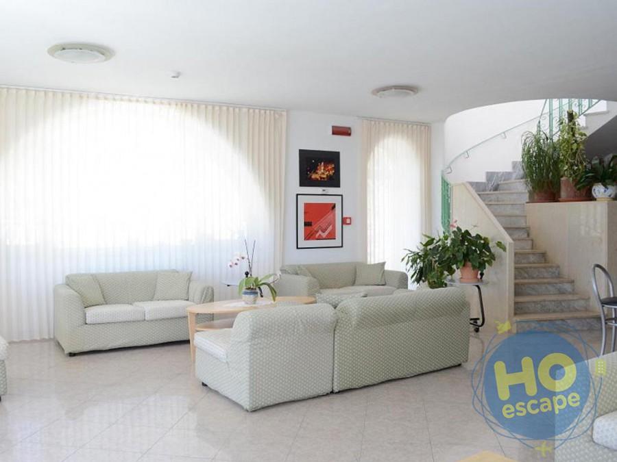 Hotel Maronti Sala Tv/ingresso