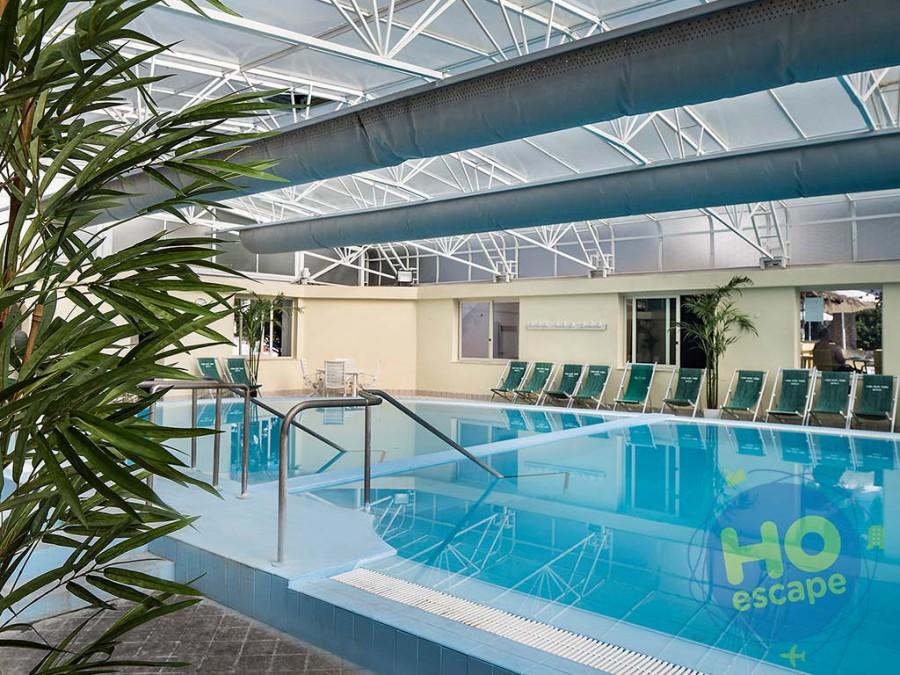 Hotel Terme Royal Palm La piscina coperta, con acqua termale calda