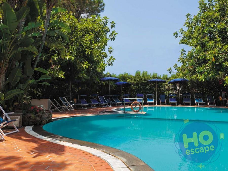 Hotel San Valentino Terme La piscina scoperta