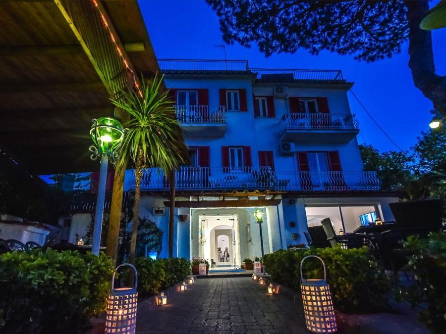 Ingresso Charme Hotel Terme Villa Tina